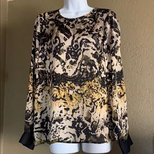 Vince Camuto long sleeve blouse